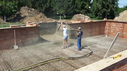 constructi piscine torcretare