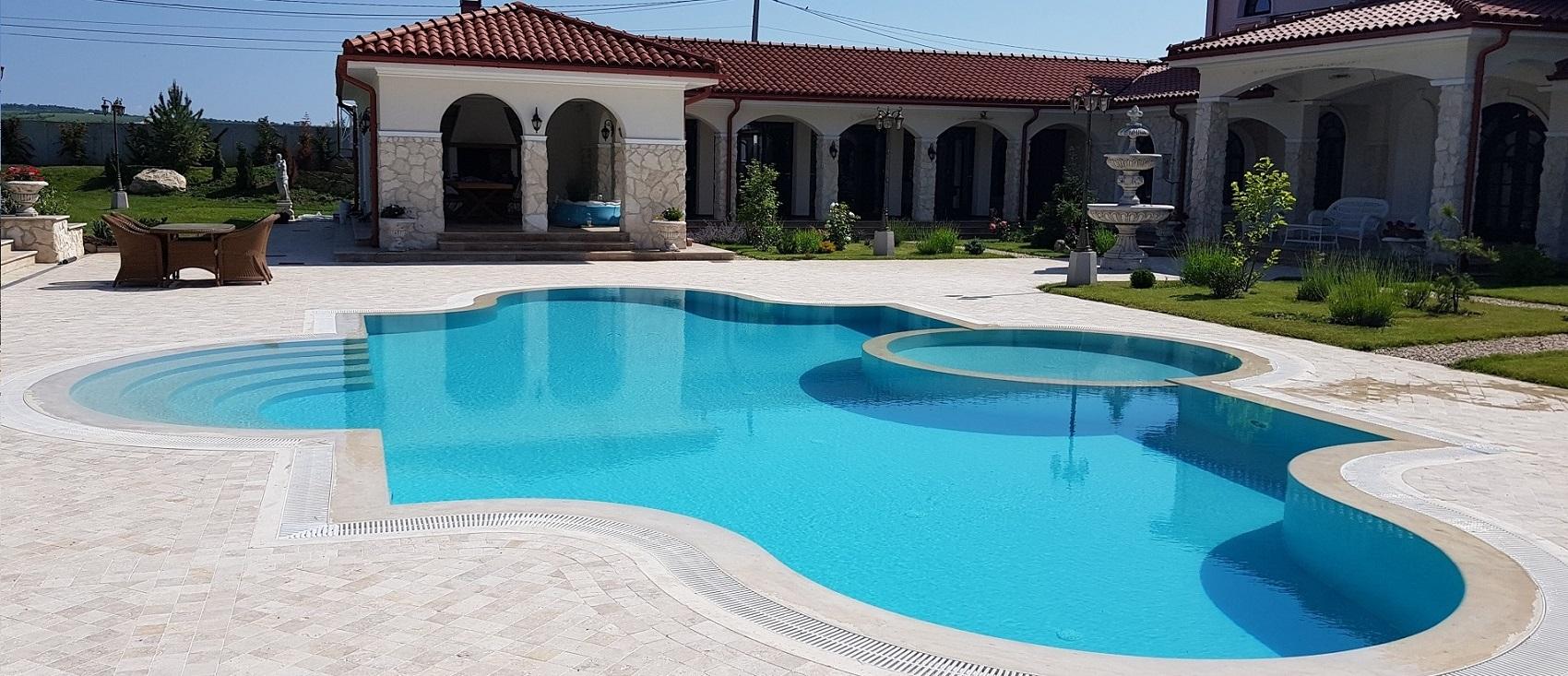 Constructii piscine beton prin torcretare piscine for Piscine aqua mauges